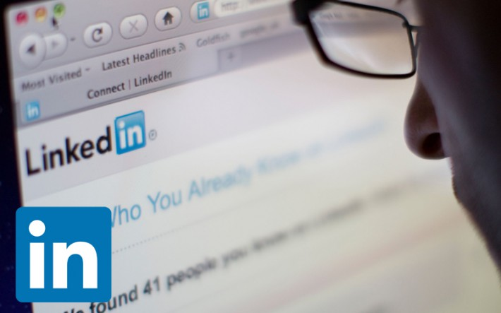 4 Reasons Why You Shouldn't Upload Your CV To Your LinkedIn