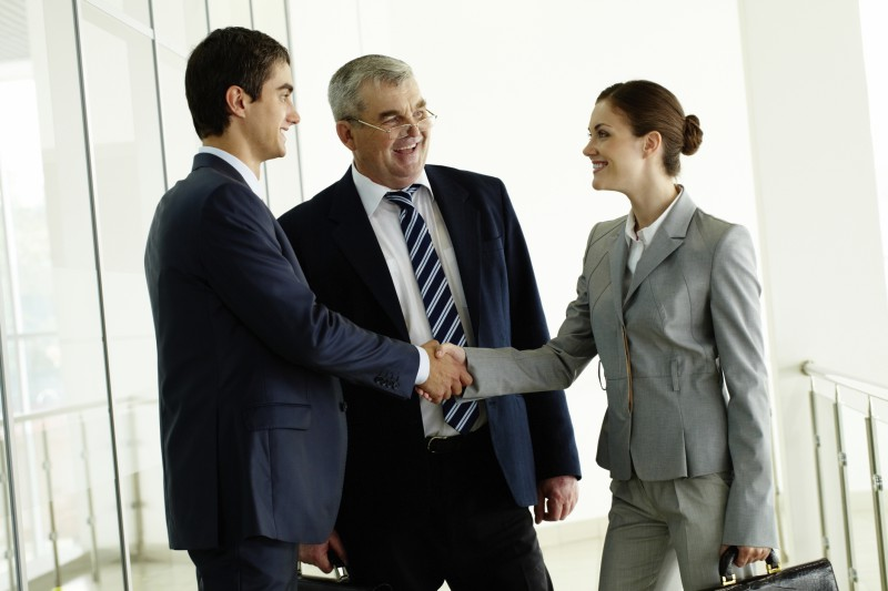 How to Bond With Individuals In a Professional Capacity